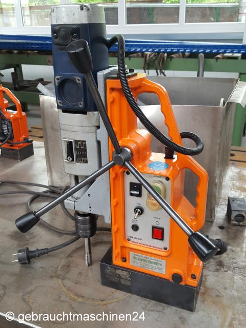 Magnetbohrmaschine zum Bohren und GewindeschneidenMAGTAP30