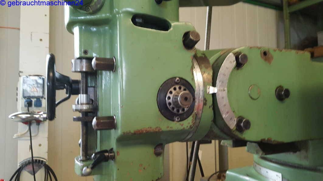 Fräsmaschine mit Digitalanzeige (Brigdeport type)F-11-V