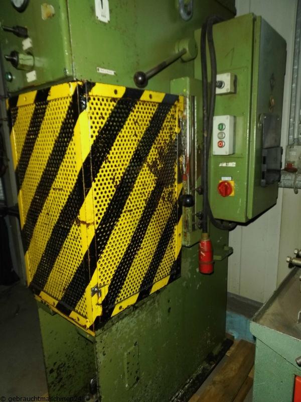 hydraulische C-Ständerpresse VEM