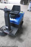 Aufsitzkehrmaschine ElektroNilfisk SR5100B