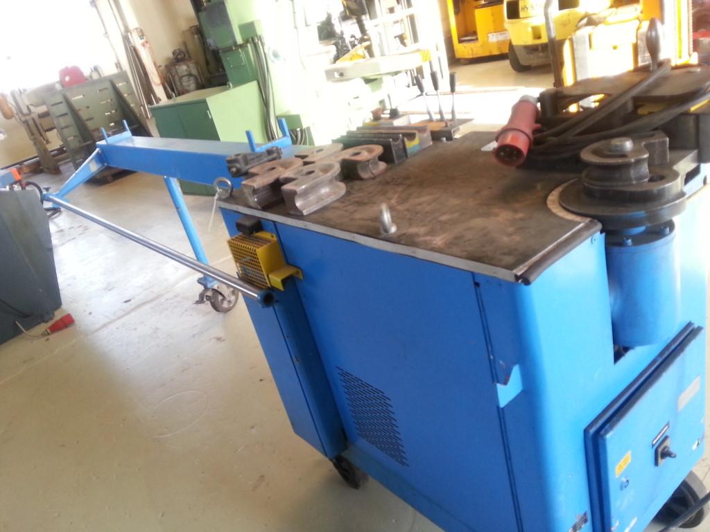 hydraulische RohrbiegemaschineTubomat 642/3000