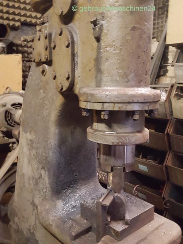 Lufthammer, SchmiedehammerL1