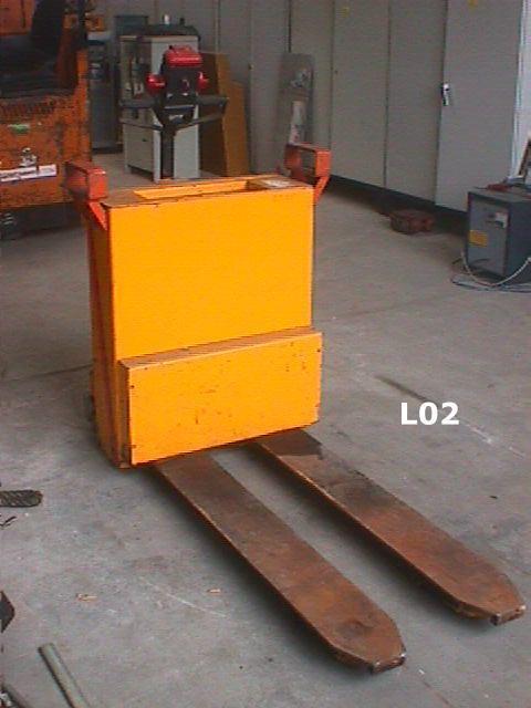Elektrohubwagen 1,4 to Seitenschieber1400