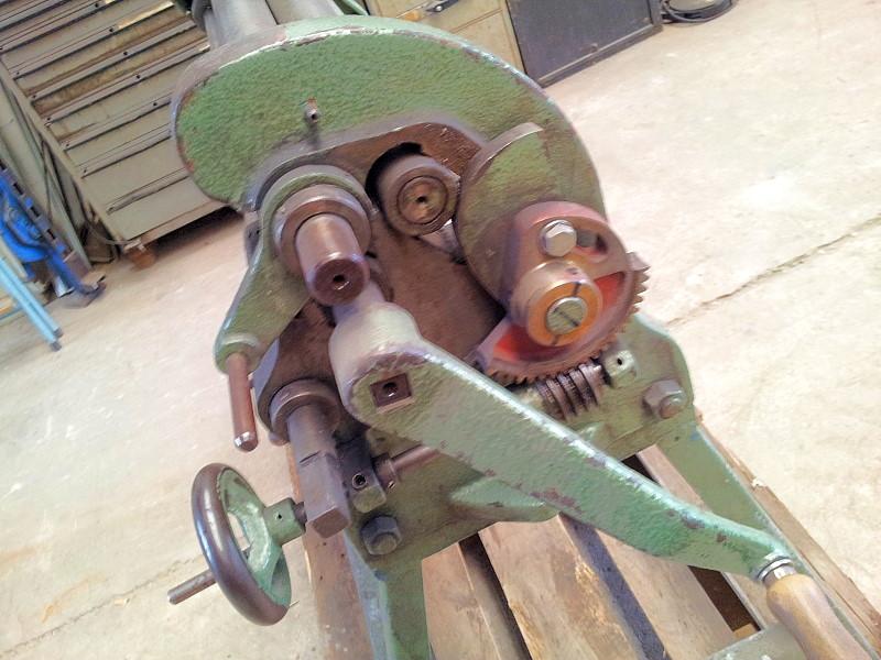 3-Walzen-Rundbiegemaschine, manuell1050