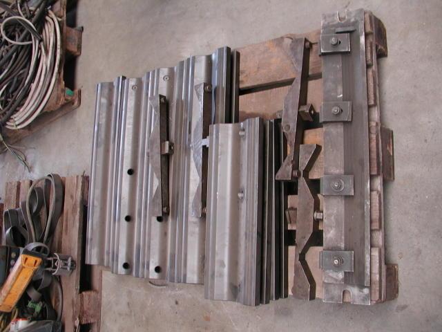 Spannkonsolen mit T-Nuten (Bohrwerkszubehör)800 x 180 x 70 mm