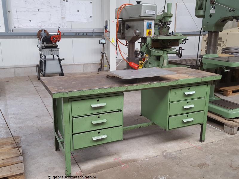 Werkbank Metall gebraucht 2 m recht/links Schubladen