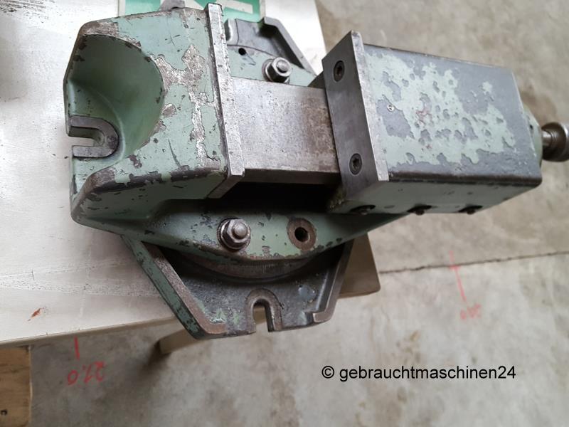 Maschinenschraubstock Backenbreite 125 mmauf Drehteller